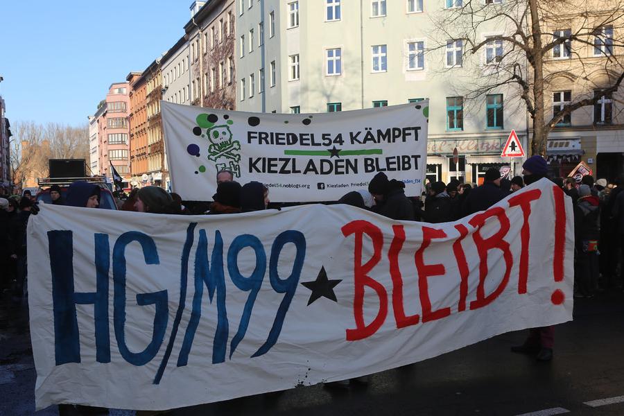 Solidaritätsdemo gegen die Kündigung von HG/M99